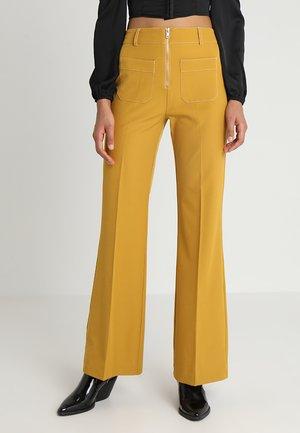 ZIP FRONT FLARE - Kalhoty - mustard