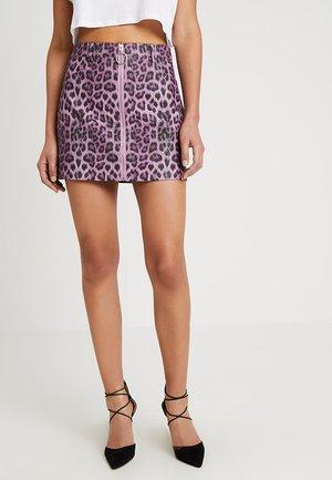 LEOPARD SKIRT WITH FRONT ZIPPER - Minifalda - purple