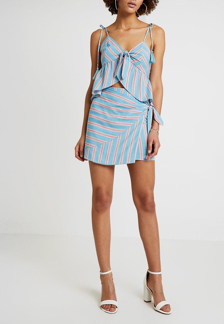 Honey Punch - PATTERNED WRAP SKIRT - A-line skirt - light blue multi