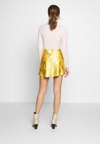 Honey Punch - CIRCL - A-snit nederdel/ A-formede nederdele - gold - 2