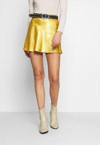 Honey Punch - CIRCL - A-snit nederdel/ A-formede nederdele - gold - 0