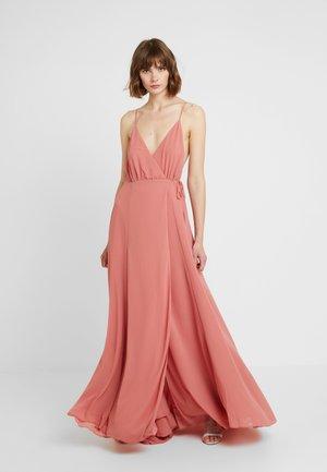 SOLID WRAP DRESS - Maxikleid - raspberry
