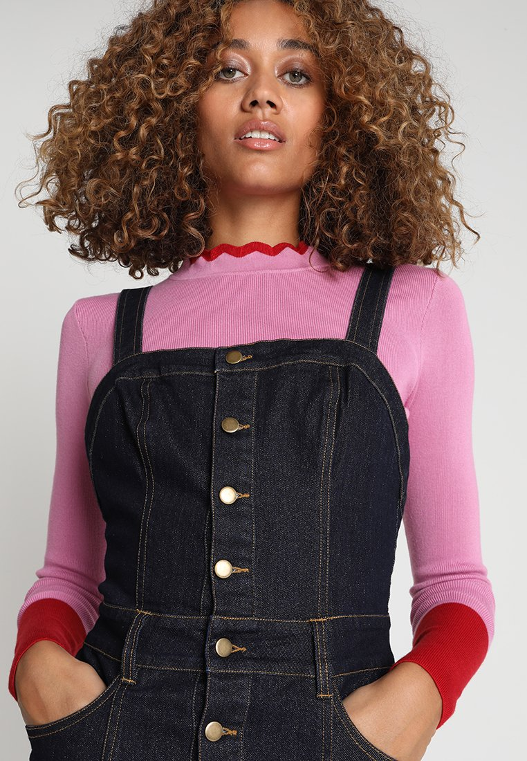 Honey Punch - BUTTON PENCIL PINNIE - Jeanskleid - blue denim