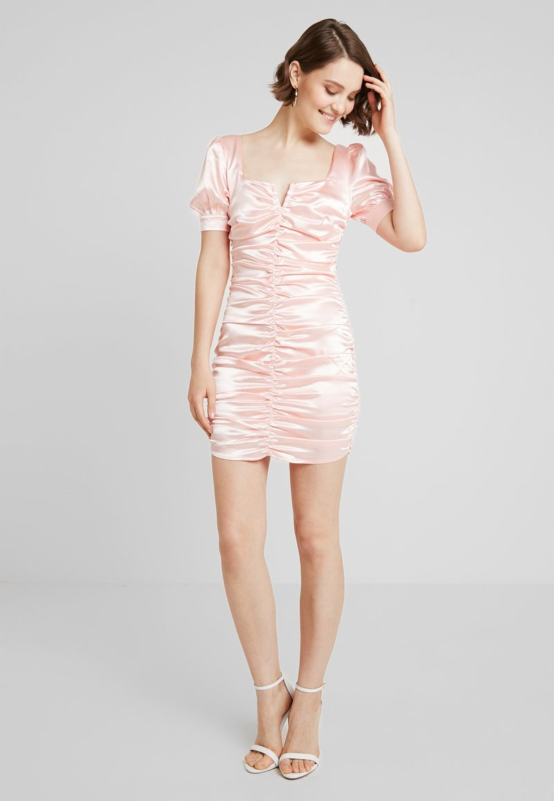 Honey Punch - SQUARENECK ROUCHED DRESS - Cocktail dress / Party dress - pink