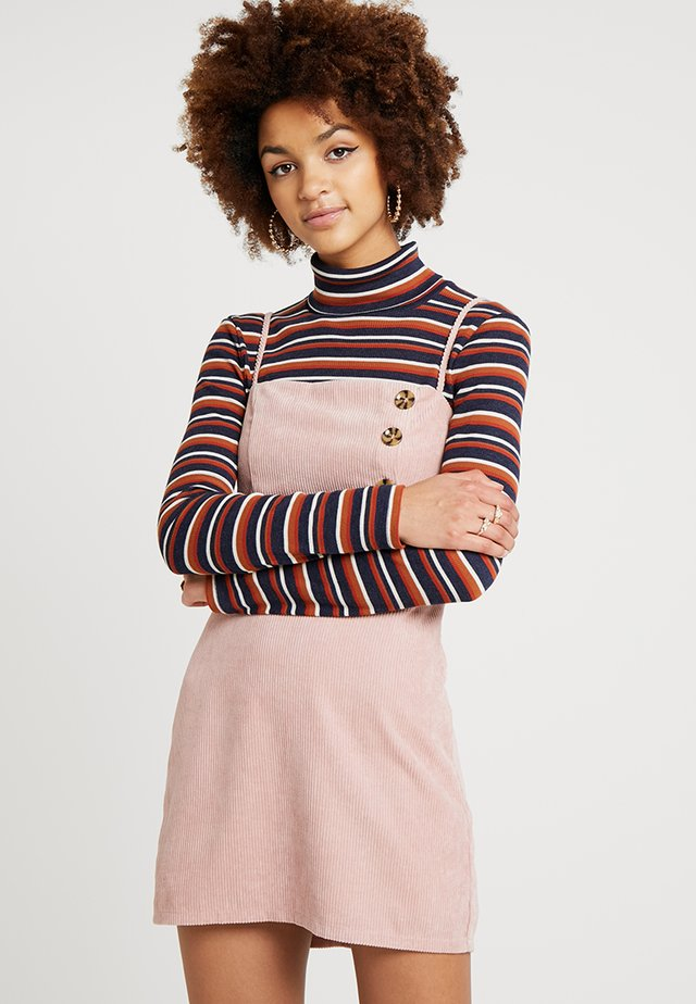 FRONT BUTTON DETAIL DRESS - Korte jurk - blush