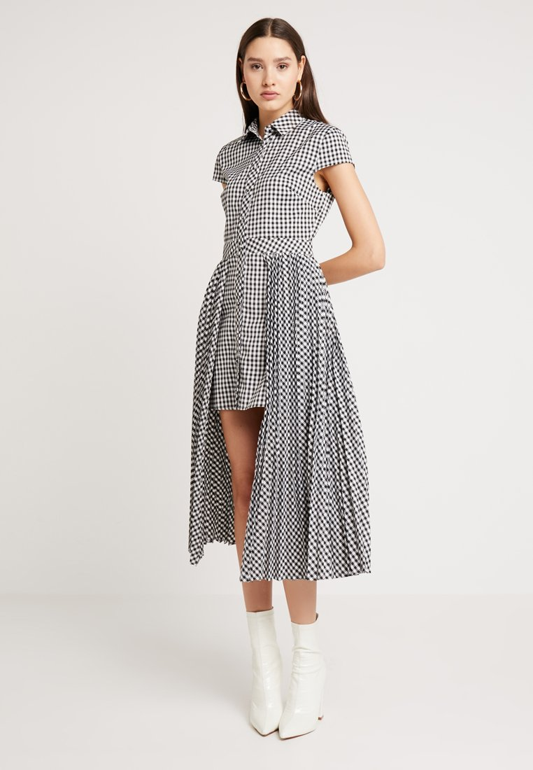 Honey Punch - GINGHAM HILO - Shirt dress - black/white