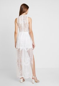 Honey Punch - HALTER NECK DRESS - Vestido largo - white - 3