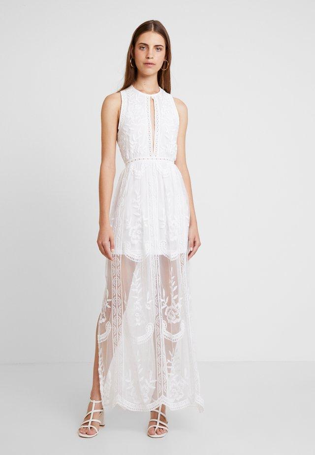 HALTER NECK DRESS - Maxiklänning - white