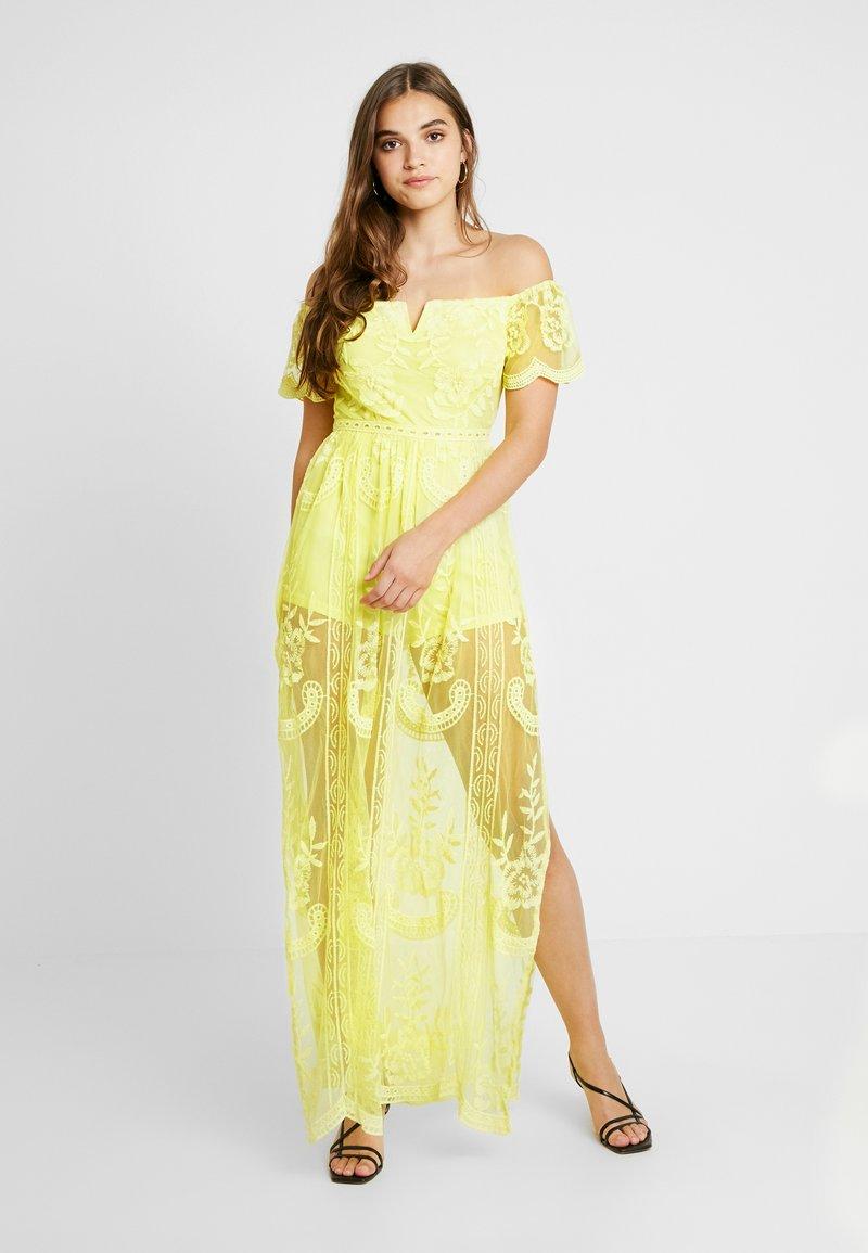 Honey Punch - OFF SHOULDER BARDOT DRESS - Vestido largo - light yellow