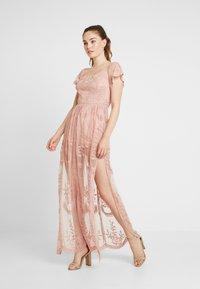 Honey Punch - OFF SHOULDER BARDOT DRESS - Vestido largo - blush - 1