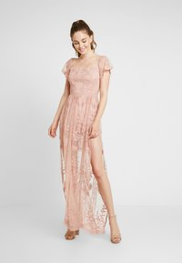 Honey Punch - OFF SHOULDER BARDOT DRESS - Vestido largo - blush - 0