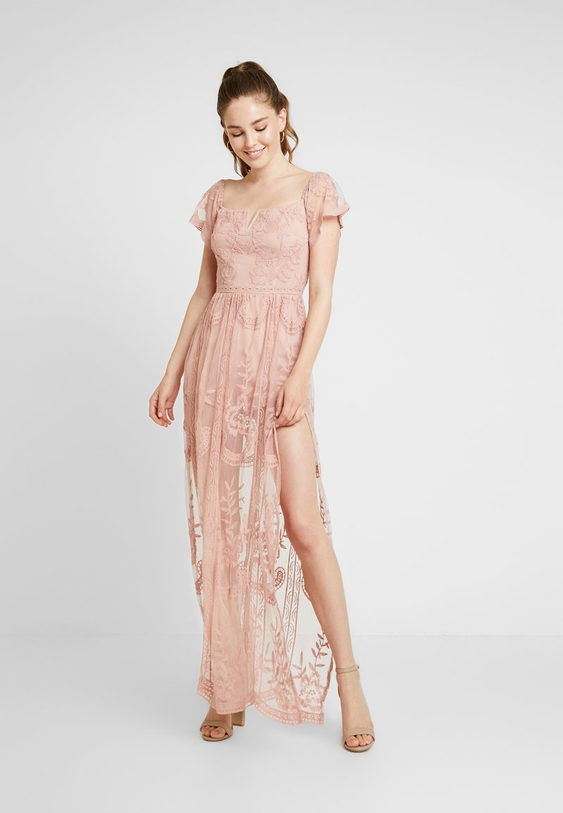 Honey Punch - OFF SHOULDER BARDOT DRESS - Vestido largo - blush