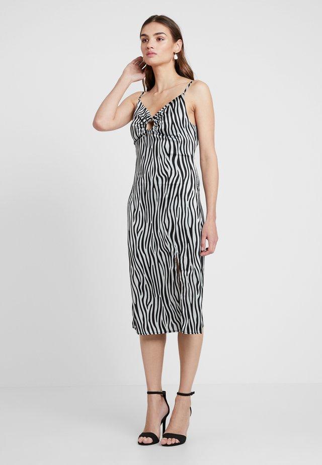 O RING MIDI SLIP DRESS - Korte jurk - black/white
