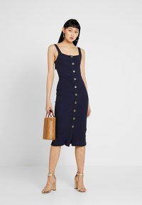 Honey Punch - TANK MIDI DRESS - Etuikjole - navy - 1