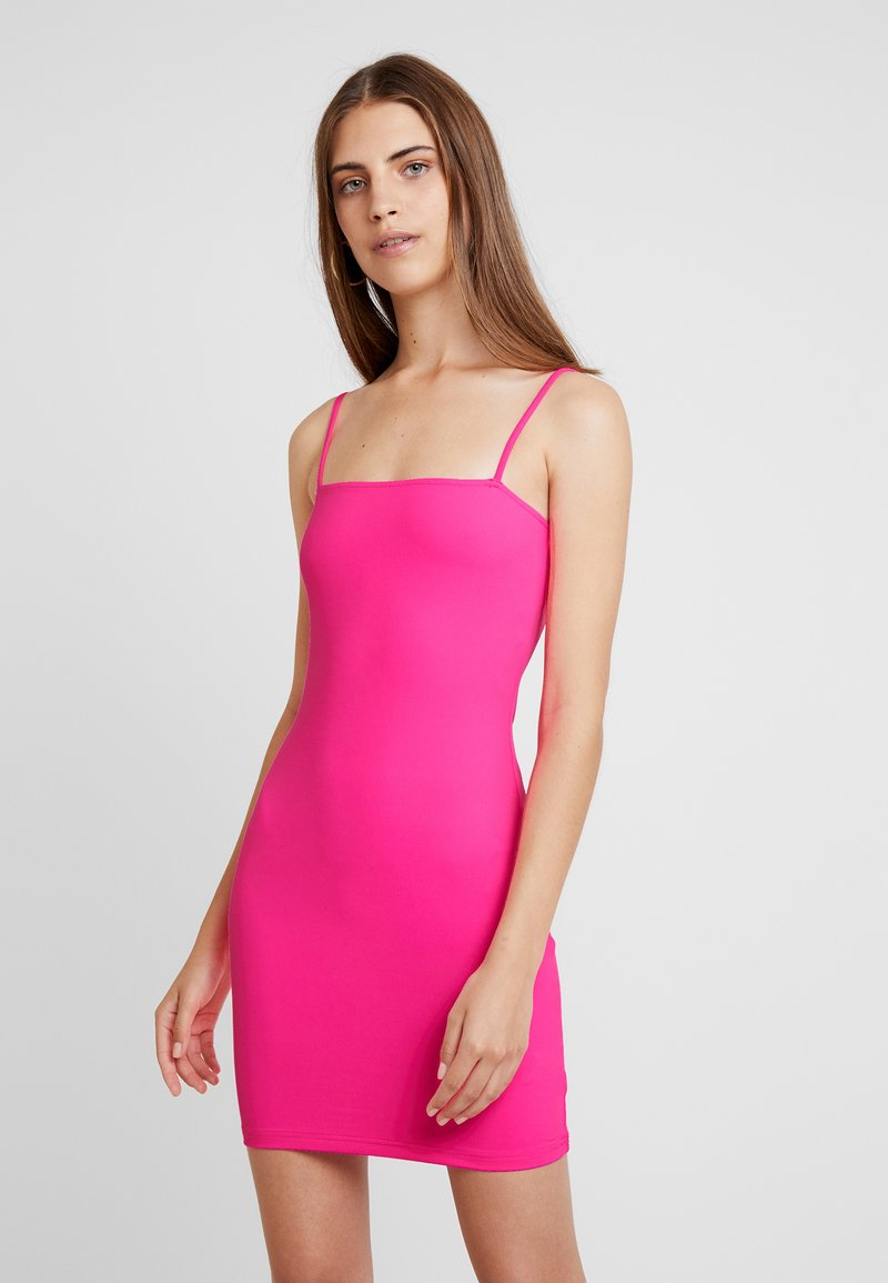 Honey Punch - THIN STRAP TUBE DRESS - Etuikleid - neon pink