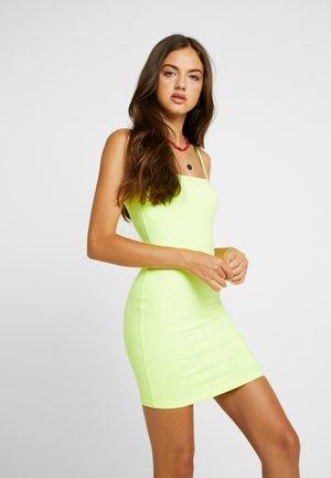 THIN STRAP TUBE DRESS - Pouzdrové šaty - neon green