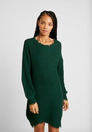 DRESS WITH DESTRUCTION - Abito in maglia - jewel green