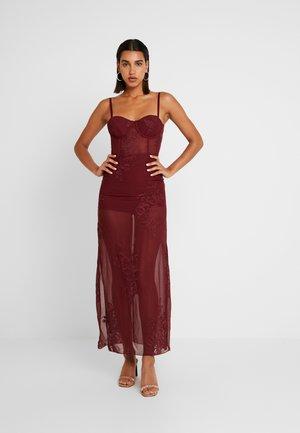 SPAGHETTI STRAP DRESS - Maxi šaty - burgundy