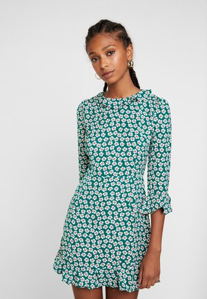 PRINTED RUFFLE DRESS - Kjole - green ditsy