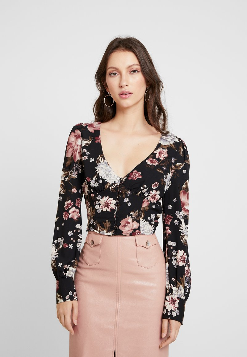 Honey Punch - PRINTED BUTTON FRONT  - Bluser - black flower