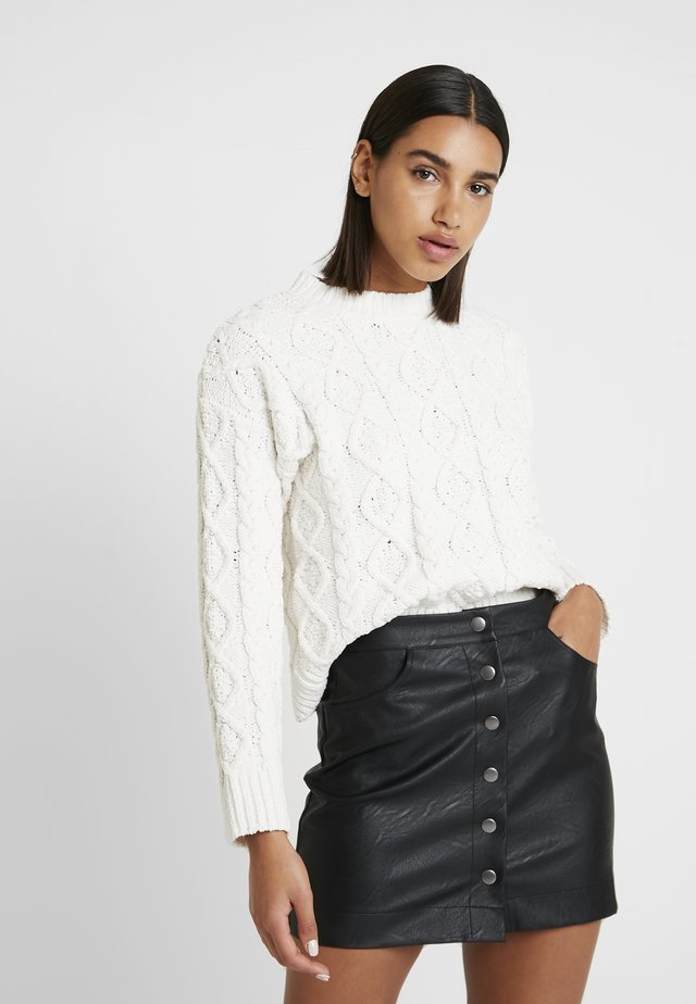 CABLE FRONT SWEATER - Neule - cream