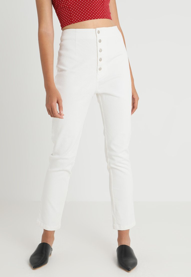Honey Punch - BUTTON - Jeans Slim Fit - white