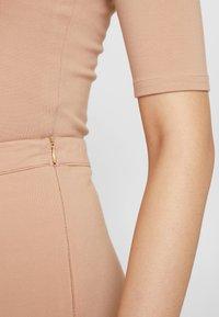 Honey Punch - PONTE BIKER - Shorts - taupe - 4