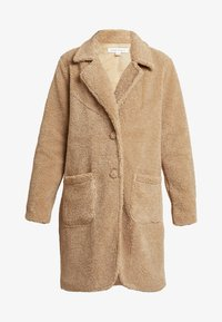 Honey Punch - COLLARED TEDDY COAT WITH FRONT POCKETS - Cappotto classico - tan - 4