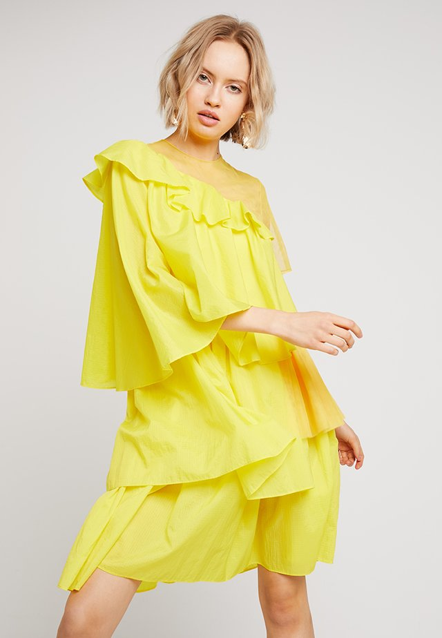 EXTREME FRILL DRESS - Cocktail dress / Party dress - yellow