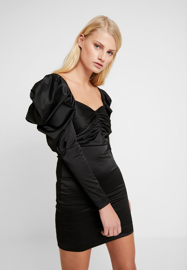 VOLUME SLEEVE MINI DRESS - Koktejlové šaty / šaty na párty - black