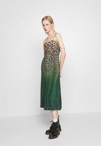 House of Holland - CHEETAH DRESS - Denní šaty - brown multi - 1