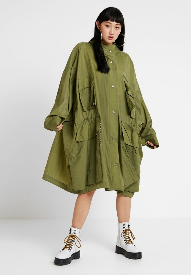 OVERSIZED RAINCOAT - Parka - khaki green