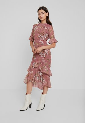 FLUTED SLEEVE MIDI DRESS - Cocktailkjole - blush