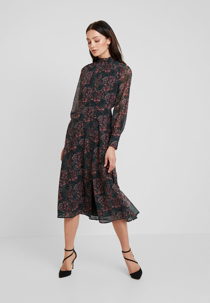 Hope & Ivy - MIDI DRESS WITH RUFFLE AND BUTTON DETAIL - Cocktailklänning - green