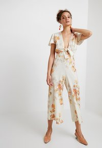 Hope & Ivy - Jumpsuit - white/red - 1