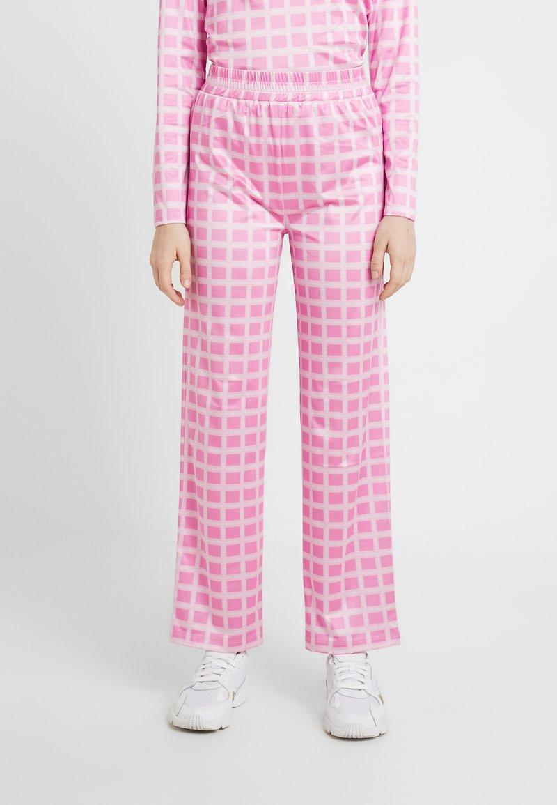 HOSBJERG - NORA LOGO PANTS - Pantalon classique - pink