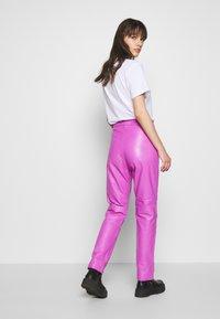 HOSBJERG - RUDY TROUSERS - Pantaloni - purple - 2