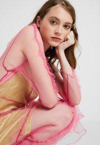 HOSBJERG - OTTAVIA DRESS - Korte jurk - pink - 4