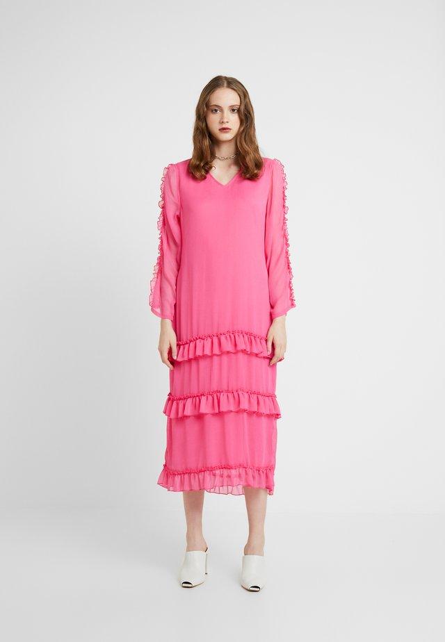 PARIS DRESS - Maxikleid - pink