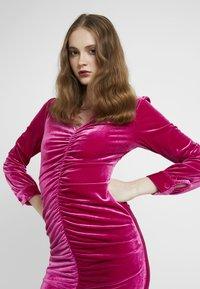 HOSBJERG - PHOEBE DRESS - Koktejlové šaty/ šaty na párty - pink - 4