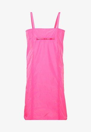 SABRINA DRESS - Robe d'été - pink