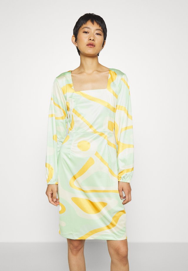 RILEY LONG SLEEVE DRESS - Shift dress - green