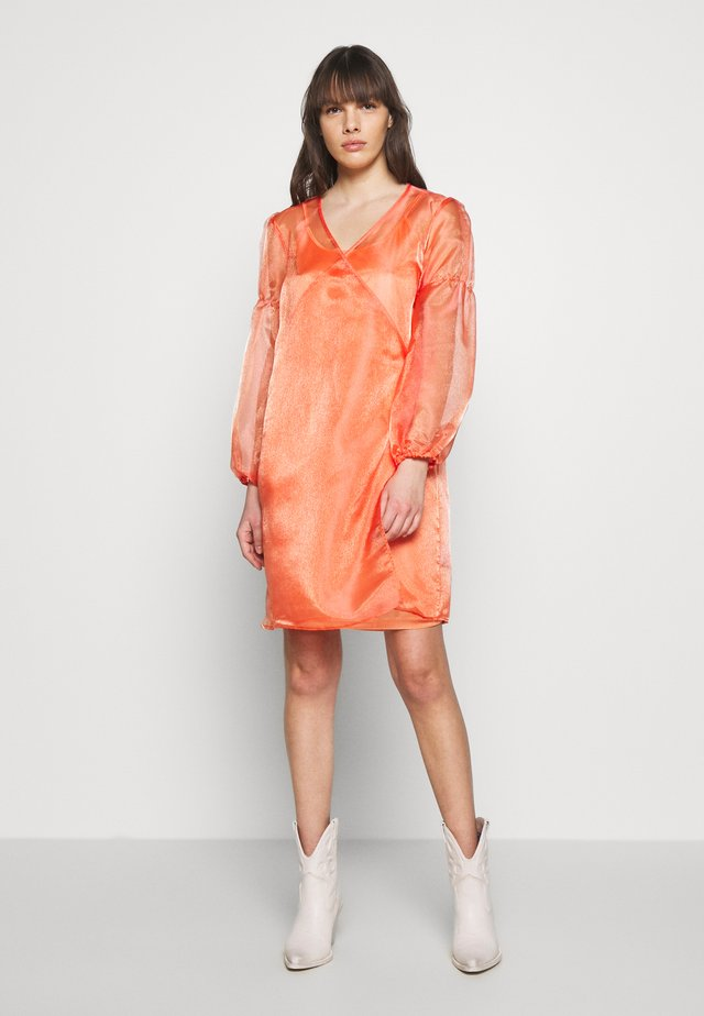 ROCKET DRESS - Sukienka letnia - orange