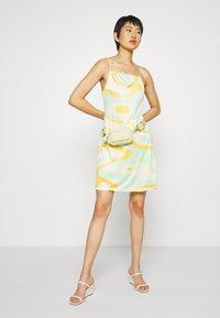 HOSBJERG - RILEY OLIVIA DRESS - Trikoomekko - green - 1