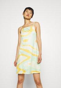HOSBJERG - RILEY OLIVIA DRESS - Trikoomekko - green - 0