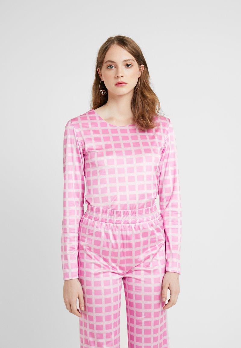 HOSBJERG - NORA LOGO - Langærmede T-shirts - pink