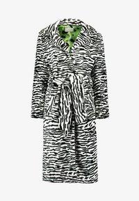 HOSBJERG - OLE COAT - Winter coat - black - 6