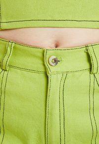 HOSBJERG - OLYMPIA JEANS - Džíny Straight Fit - lime green - 5