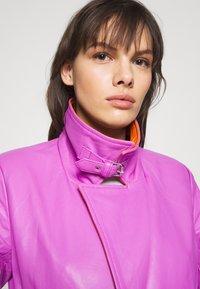HOSBJERG - RUDY FRANCE COAT - Classic coat - purple/orange - 4