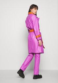 HOSBJERG - RUDY FRANCE COAT - Classic coat - purple/orange - 2
